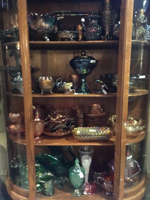 Carnival Glass Antique / vintage